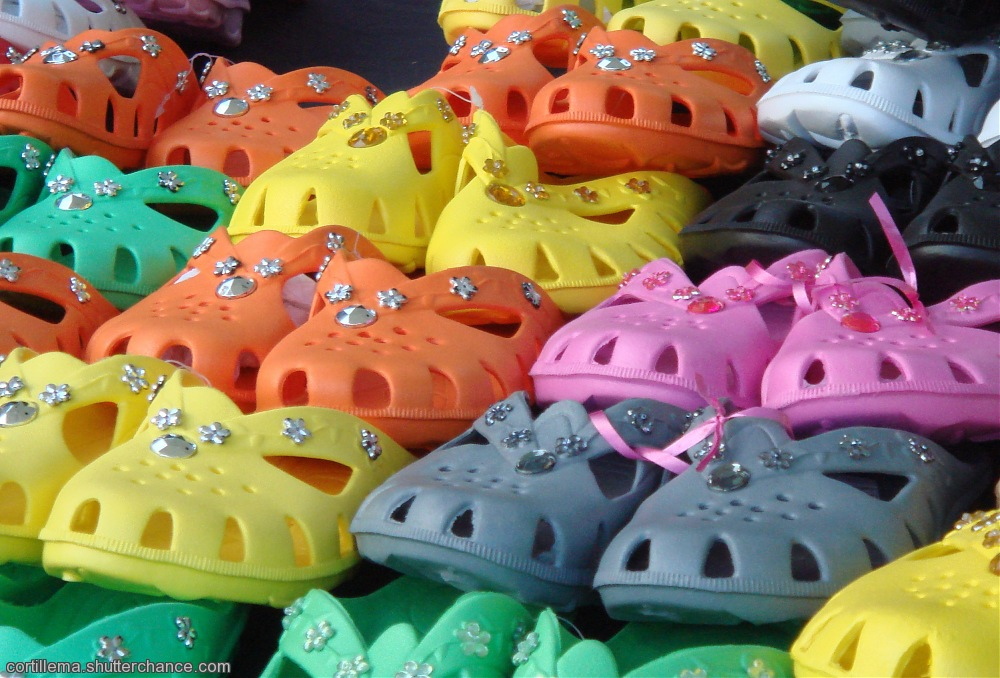 photoblog image Plastic Shoes - Market